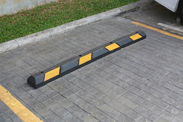 Empresa-de-Distribucion-y-Venta-de-Topes-para-Estacionamientos-en-Mexico-v001-compressor